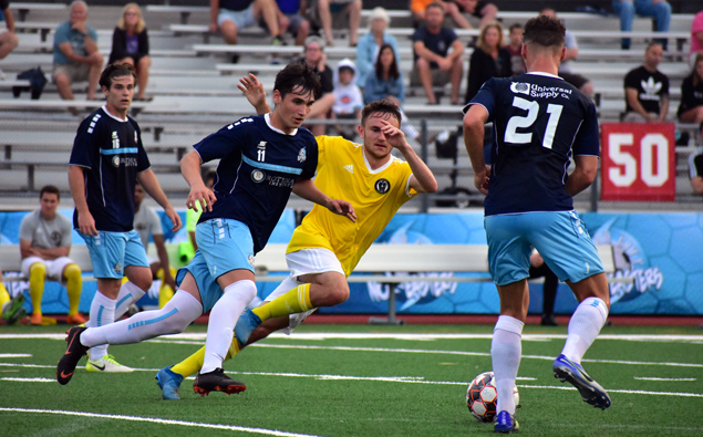Nor'easters' fall to first-place Reading United as all-time series evens up